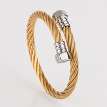 Luksusowa złota bransoletka ze stali nierdzewnej mankietów bransoletki z tytanu bransoletki i bransolety dostosowane moda akcesoria dla mężczyzn bransoletka biżuteria(China)