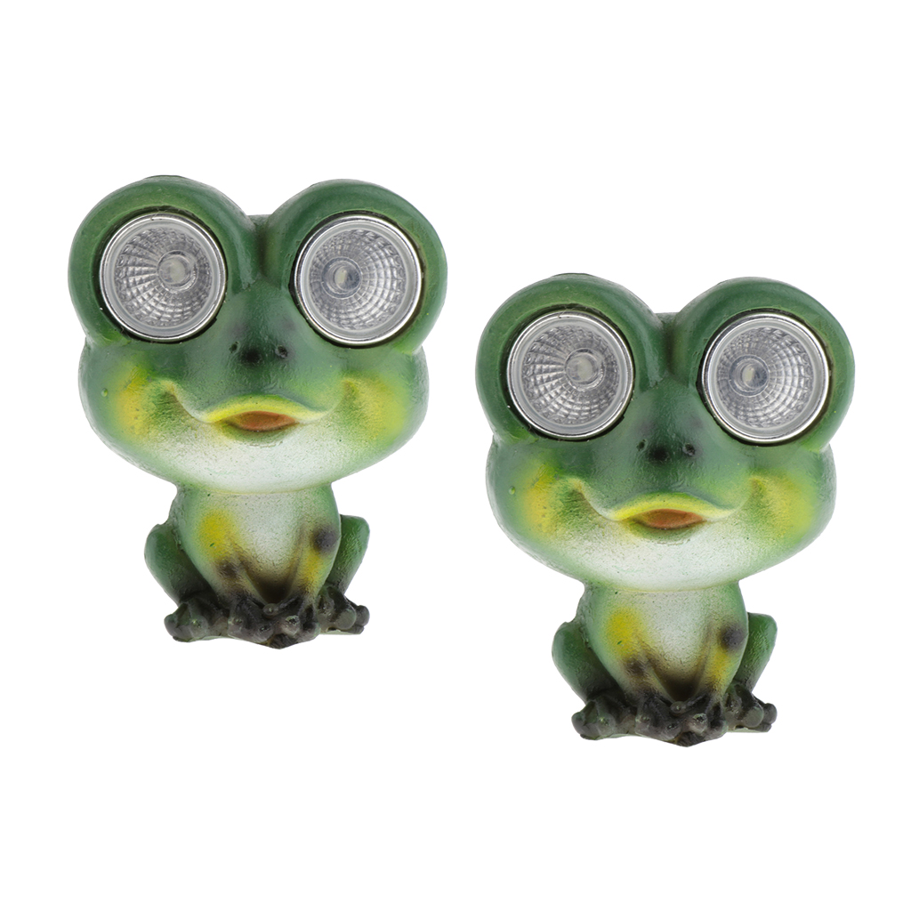 2 Pcs Green Resin Frog Statues with Solar Powered LED Lights Eyes, Animal Sculptures Outdoor Garden Patio Decoration