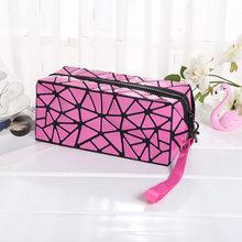 LOVEVOOK saco mulheres maquiagem sacos de Cosméticos para senhoras geométrica cubóide caixa de Lápis Saco Da Bolsa Da Bolsa Organizador da Viagem De Armazenamento Crianças(China)