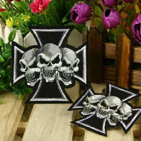 ~2 Embroidered Tri Skull Head Punk Iron Sew Patch Applique Badge - Mackie Wong's store