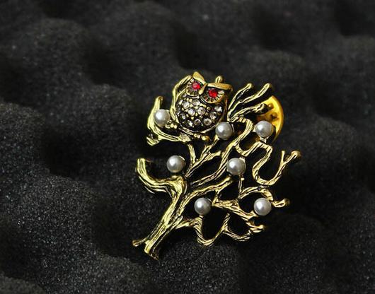1 Piece Hollow Vintage Europe Owl Tree Pearl Retro Gold Lady Brooch Pin Corsage Free shipping(China (Mainland))