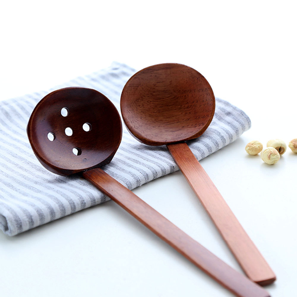 Set of 2 Wood Soup Ladle for Hot Pot Strainer Colander Ladle Spoon Wood Ladle Cooking Tools Kitchen Utensils Dinner Server(China (Mainland))
