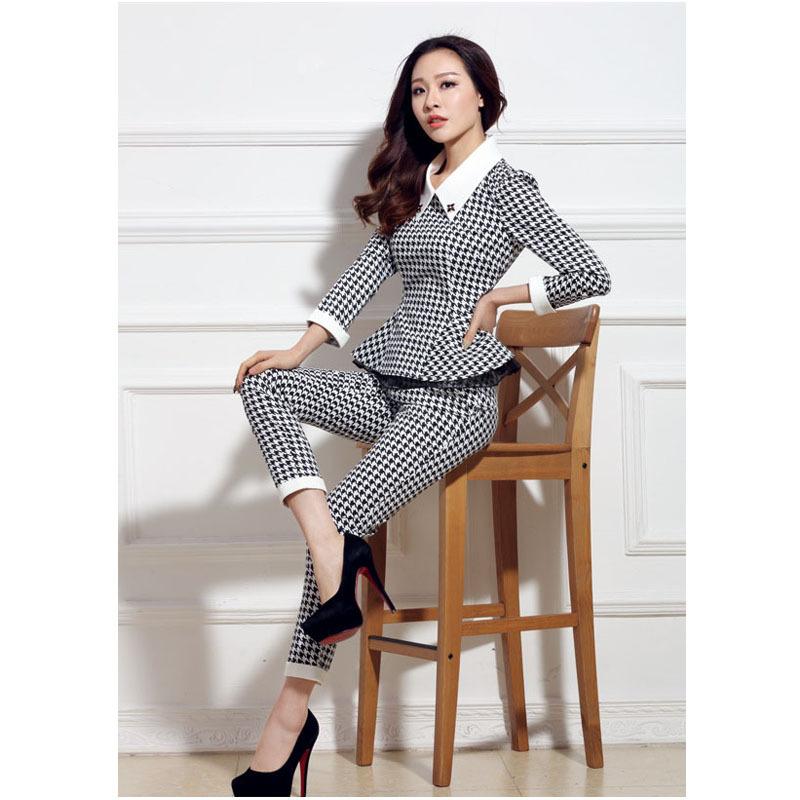 Женские деловые костюмы 2015 доставка
