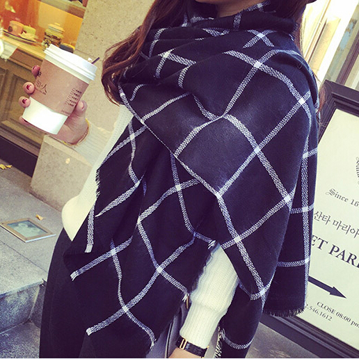 2015 Fashion Ladies Scarf Women Plaid Warm Scarves Heating Classic Black & White Tartan Shawl - Shenzhen Sundah Tech Co., Ltd.(Craft Gift Dept. store)