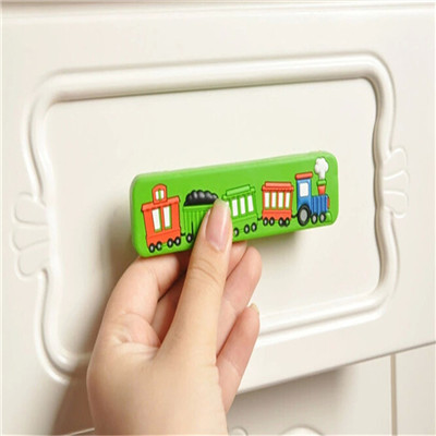 Гаджет  Single Hole Cartoon Train Knob Kids Drawer Handles Furniture Bedroom Door Knobs Dresser Drawer Pulls Red None Мебель
