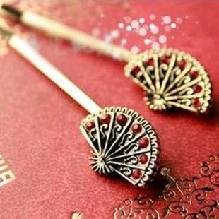 F007 Free shipping Hot New Style Fashion Fan Simulation Diamond Hairpin Word Folder Jewelry Accessories For Women Girls(China (Mainland))