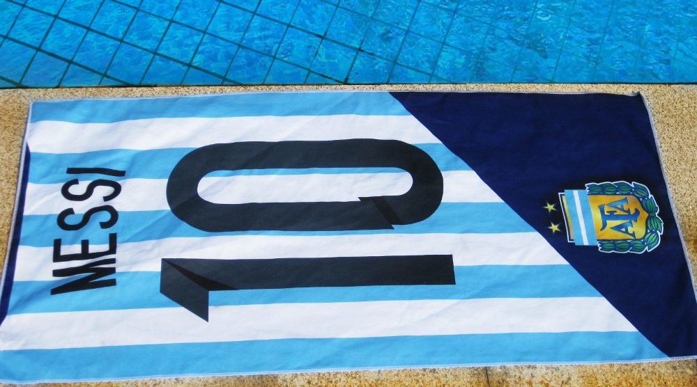 Free shipping DI MARIA HIGUAIN MESSI AGUERO and any jersey number towel microfiber towel bath towel in the Argentina(China (Mainland))