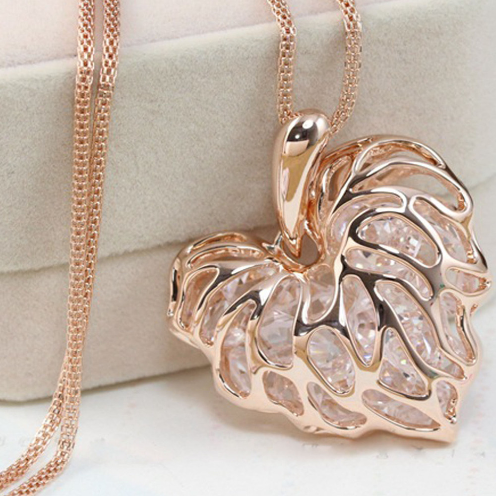 Гаджет  Newly Fashion Women Hollow Gold Silver Heart Crystal Rhinestone Pendant Long Chain Necklace Sweater Necklace Free shipping  None Ювелирные изделия и часы