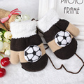 Kids Winter Thick Knitted Lanyard Gloves Girls Children Winter Hand Accessories Cartoon Football Design Mittens guantes