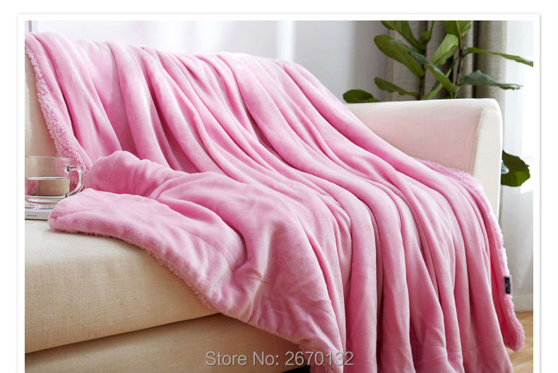 Solid-Berber-Fleece-Blanket-790-02_07