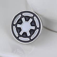 Star Wars Stormtrooper Spilla Spille Darth Vader Alleanza Ribelle Falco Spilla distintivo per le donne e gli uomini dei monili(China)