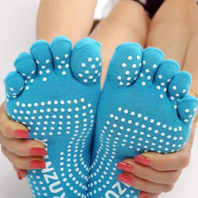 Skarpetki 5 palców antypoślizgowe joga różne kolory