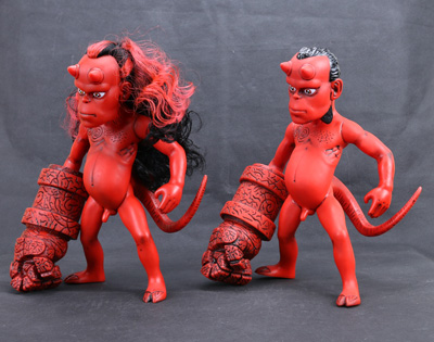 New Dark Horse Comics Classic Comic Animation Hellboy Normal and Long Hair Version 26cm Action Figure(China (Mainland))