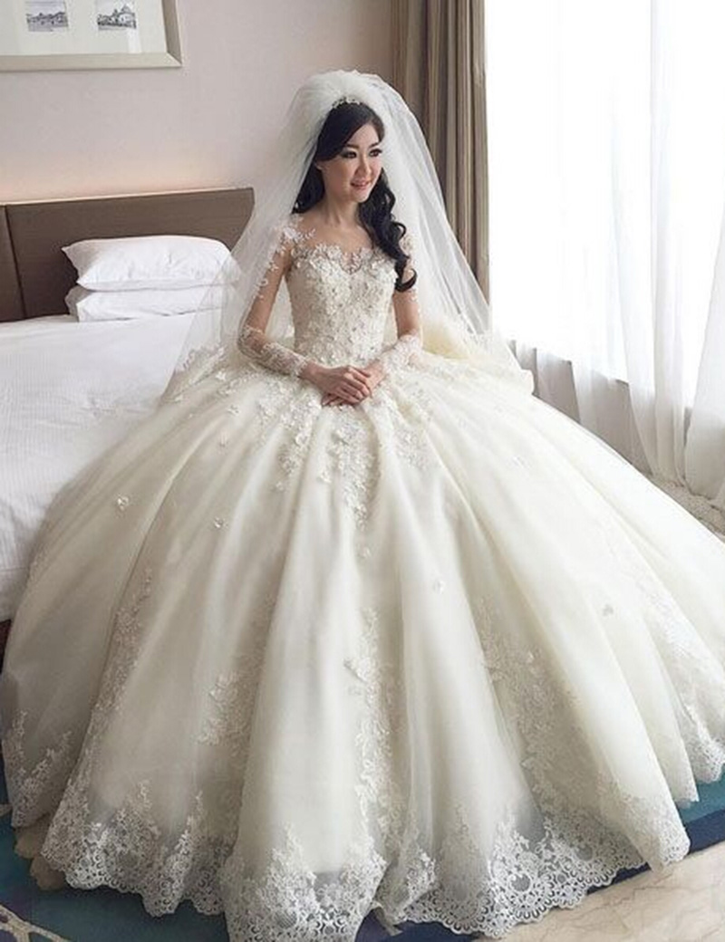 Buy real samples ball gown puffy scoop for Very puffy wedding dresses