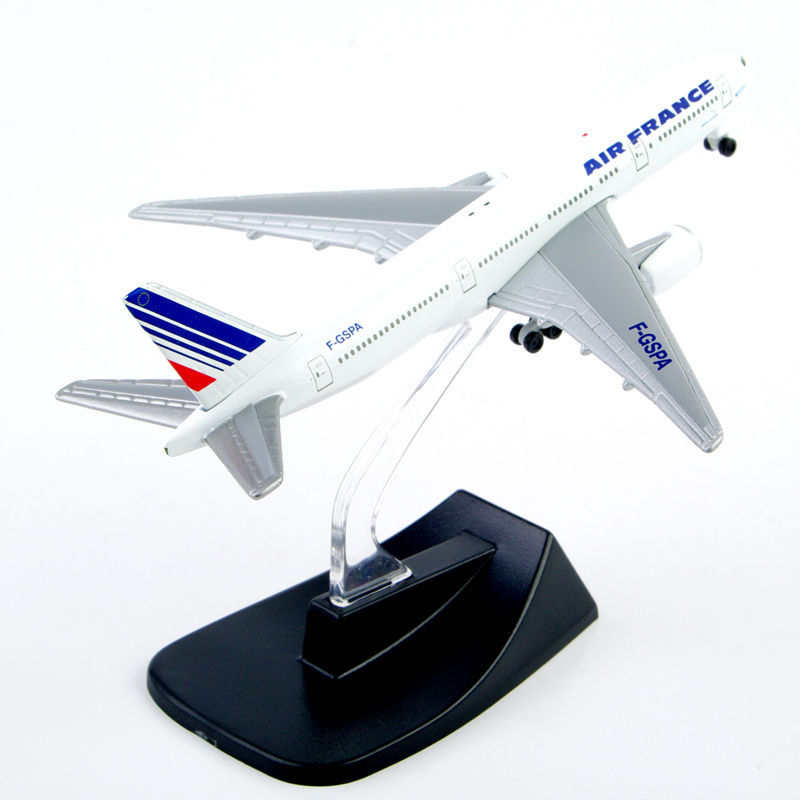 1: 400 Boeing 777-200 Airline France Airbus Metal Aircraft Model Diecast Airplane Model brinquedos Toy Plane Collection Gift(China (Mainland))