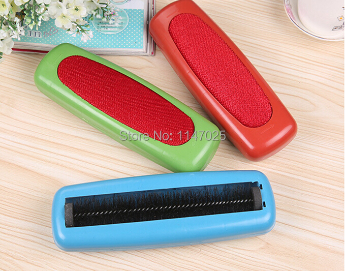 Multi-purpose Clean Static Brush to Clean the Carpet,Bed and Clothing,Manual Vacuum Cleaner/Brush Cleaner 2pcs/lot O0152(China (Mainland))