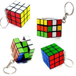 Free Shipping 1 PCS Mini Puzzle Magic Game Magic Square Keychain Key Ring(China (Mainland))