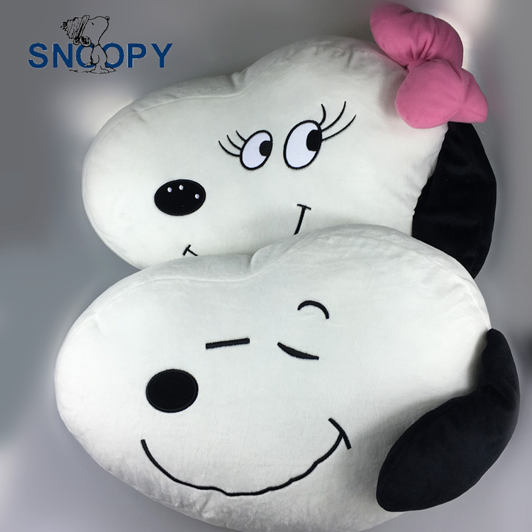Original Snoopie Cartoon Peanuts Movie Cushion Pillow Plush Toy Kids Birthday Gift(China (Mainland))