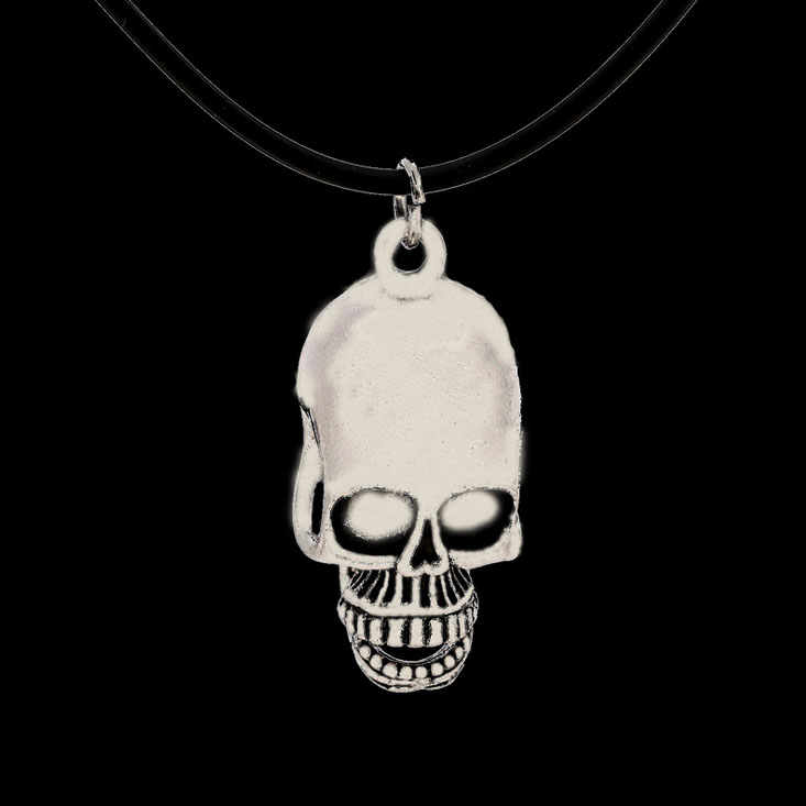#853 Wholesale trade of the original single-burst models in Europe and America skull pendant necklace alloy AliExpress Hot