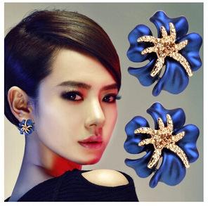 KUNIU New 2015 Fashion18K Gold Plated Blue White Black Red Bright Flower with Rhinestone Stud Earrings For Women Wedding Jewelry(China (Mainland))