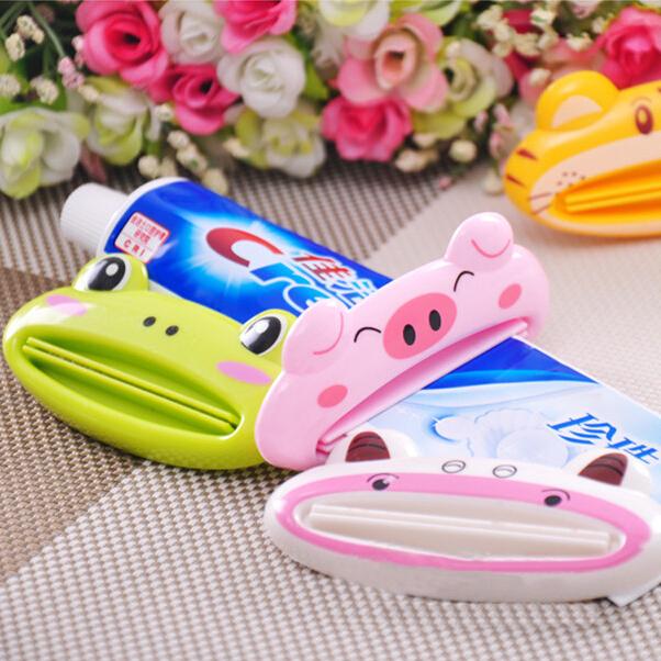Creative cartoon animal automatic toothpaste squeezing toothpaste squeezer machine cosmetics squeezing convenient bathroom set(China (Mainland))