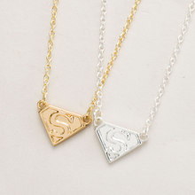 2016 New Super S Logo Necklace Superman Hero Sign Letter Necklaces for Women Fashion Simple Elegant Jewelry Girls Gifts -N031(China (Mainland))