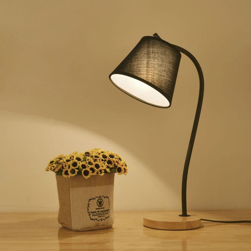 Simple Table Lamps Modern Art Desk Lamp Bedroom Reading Light Berth lamp AC110V/220V E27 Solid Wood Iron Art Decoration(China (Mainland))