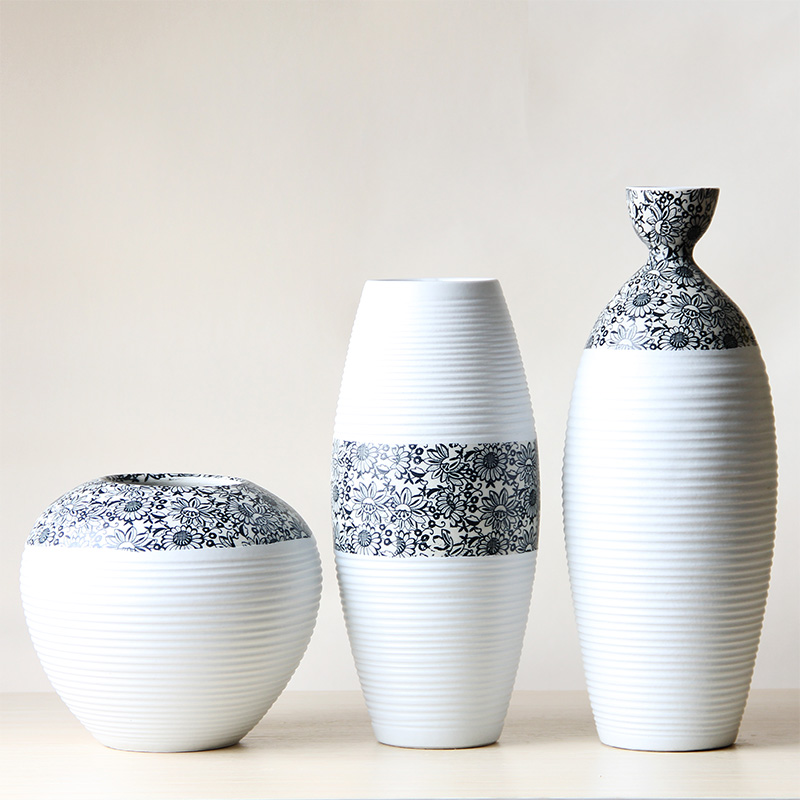 Ceramic Porcelain Tabletop Vase Collection Set With Simple Sunflower ...