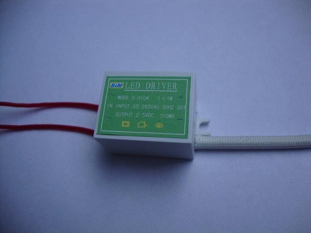 LED Constant current driver;1*1W;AC85-265 input;2-5VDC/310ma output;P/N:S-0104