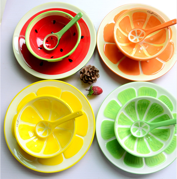 Japanese style Cute Cartoon hand painted watermelon lemon Grapefruit fruit bowl Dessert tray plate spoon Ceramic three-piece set(China (Mainland))
