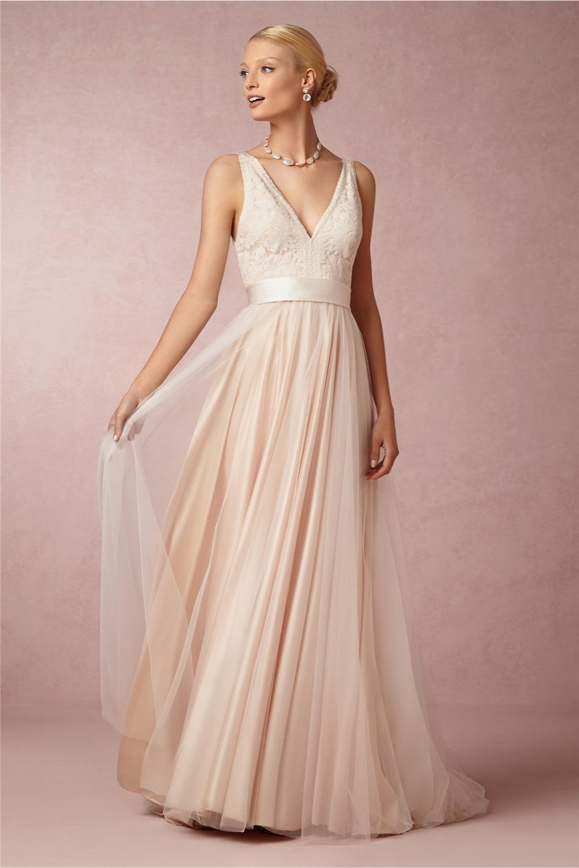 High quality simple beach wedding dresses 2016 v neck for Plain a line wedding dress