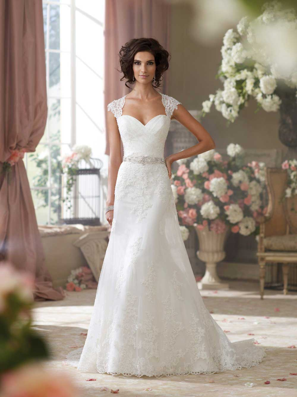 2015 white lace appliques sweetheart neckline with cap for Lace sweetheart wedding dress cap sleeves