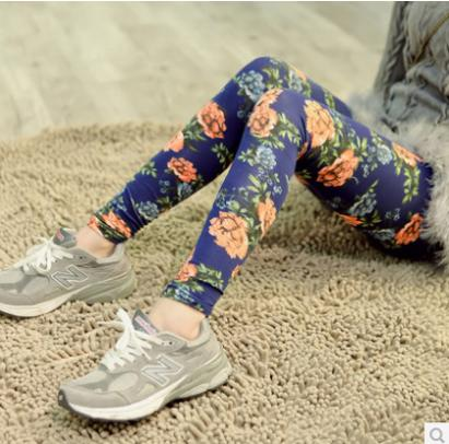 2015 New Arrived Fashion Style Imiation Jeans Material Trousers Seamless Rose Flower Leggings For Women HTDDK-008(China (Mainland))