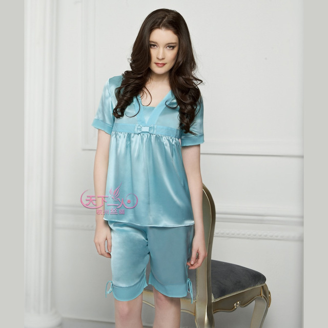 Women's spring and summer silk mulberry silk lounge V-neck solid color short-sleeve silk sleep set