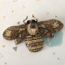 Zlxgirl Grande Formato di Strass ape spille bouquet da sposa delle donne di modo gioielli da sposa bella insetto perni della sciarpa migliore cappelli gioielli(China)
