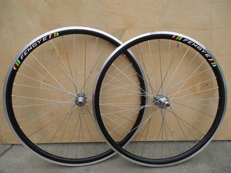 tb20/ rims / 24 * 1.95 / aluminum alloy rims / 24 inch / Bike / mountain bike bike wheels(China (Mainland))