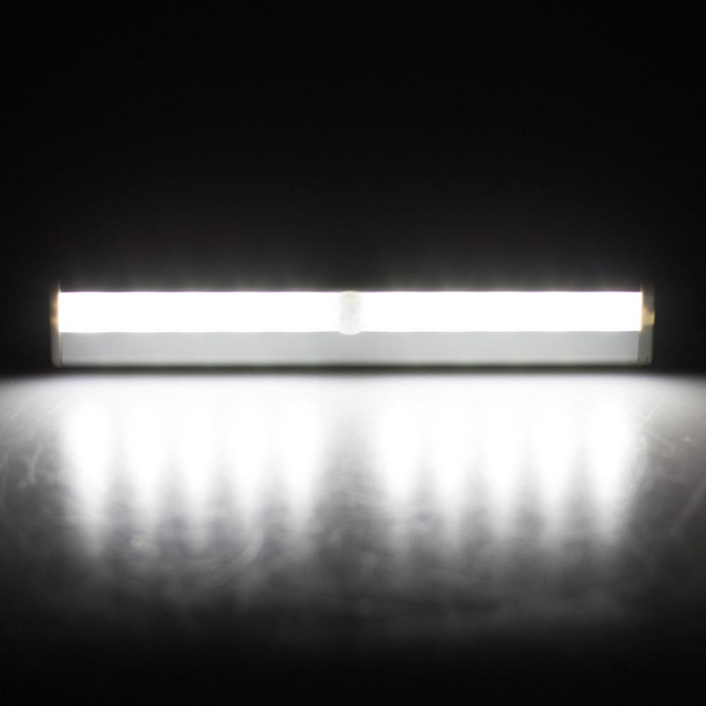 led under cabinet light pir motion sensor lamp 10 led kitchen wardrobe. Black Bedroom Furniture Sets. Home Design Ideas