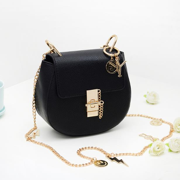 The new Europe and the United States 2016 smiling face hang act the role of the pig bag Delicate joker chain bag shoulder bag(China (Mainland))