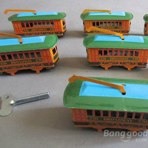 DreamSpace Vintage Wind Up Tin Toy Clockwork Spring Trolley Bus Toy Cable Car Toy(China (Mainland))