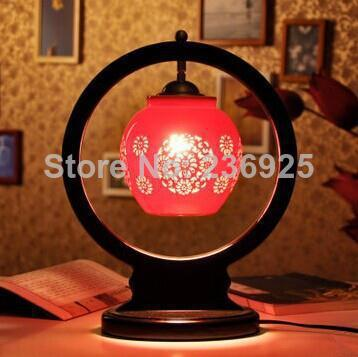 Blue and White Porcelain Hollow-out Flower Red Chinese Table Lamp from Jingde Living Room/Bedroom/Dining Room Decor QTL7(China (Mainland))