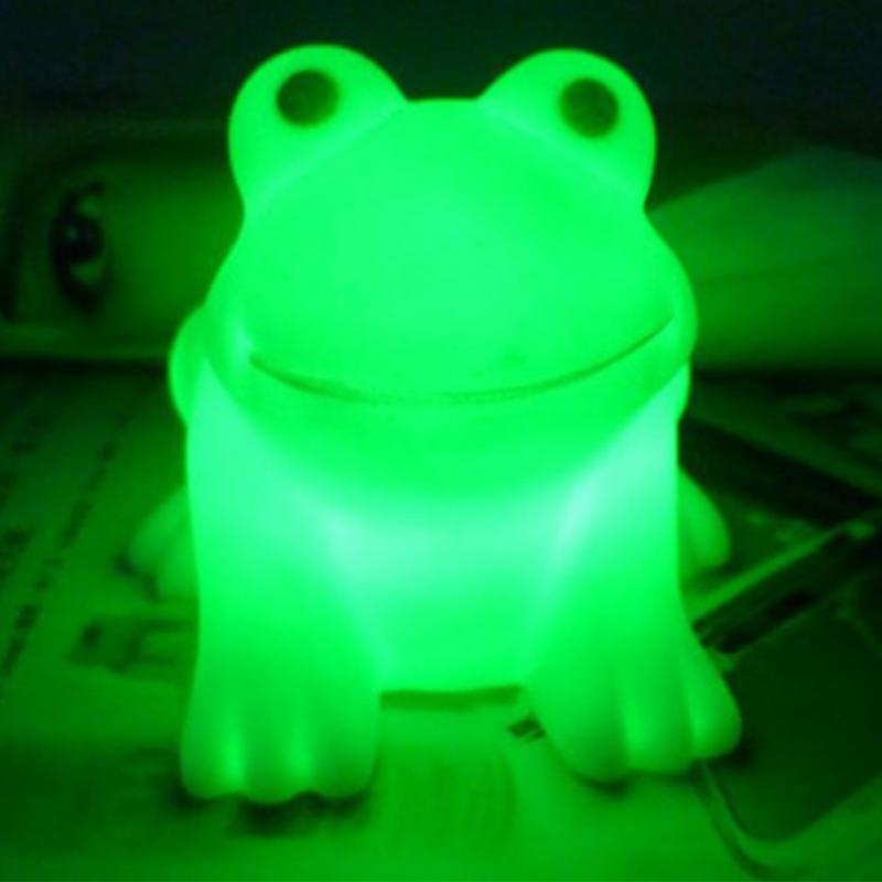 Colorful LED Frog Night Light AG13 Batteries Children Kids Table Lamp Home Decor(China (Mainland))