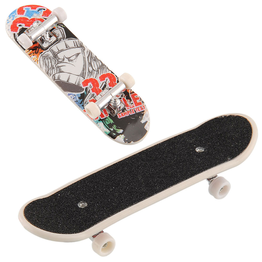 High Quality Cute Party Favor Kids children Mini Finger Board Fingerboard Skate Boarding Toys Gift Free shipping(China (Mainland))