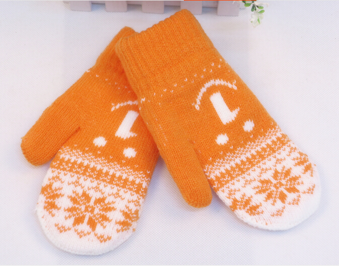 2015 Children Autumn Winter Cute Knitting Gloves School Students Thick Warm Imitation Wool Mittens Kids Snow Printing Gloves(China (Mainland))