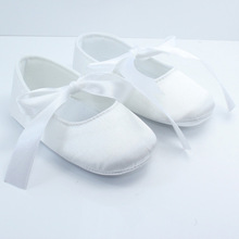 12 Pairs/Lot Wholesale Baby Shoes Bowknot Lace-up Ballet Shoes Newborn Girl Prewalkers Sweet Princess Shoes Satin Glossy Flats(China (Mainland))