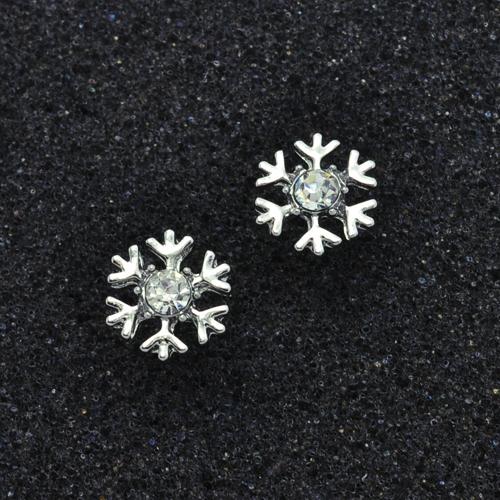 snowflake cute stud earrings free shipping worldwide. Black Bedroom Furniture Sets. Home Design Ideas