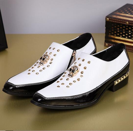 Hot! New Leather Men's Shoes Business Formal Brogue Pointed Toe Carved Oxfords Vintage men's flats men Size 37-46