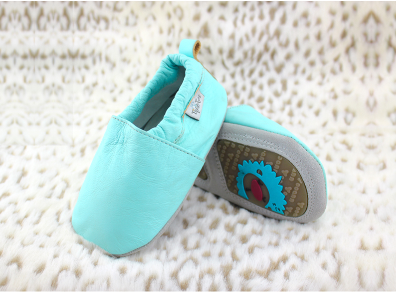 2014 Lovely Cartoon Genuine Leather Baby Kids Moccasins Shoes Girls Boys Tenis Infantil First Walker - Mummy And Kid's Love Shoe store
