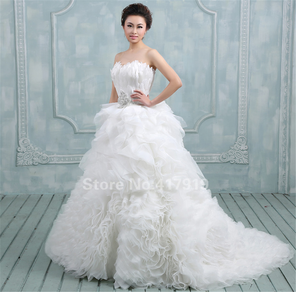 Buy luxury feather wedding dress ruched for Where to buy yasmine yeya wedding dresses