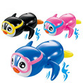 1Pcs Essential Random Color New born babies swim Little Penguin wound up chain small animal Baby