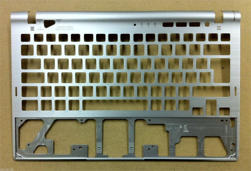 Фотография Laptop palmrest For Sony VPCZ13M9E VPCZ13S9R VPCZ13V5E VPCZ13V9E VPCZ13V9R VPCZ13X5004B
